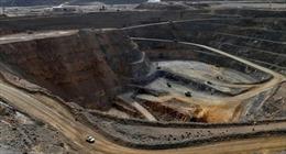 Tổng thống Trump ký sắc lệnh mở rộng khai thác đất hiếm