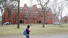 Đại học Mỹ cảnh báo sinh viên cố tình mắc COVID-19 để kiếm tiền