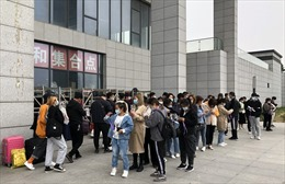 """Guồng quay nhộn nhịp bên trong 'thành phố iPhone"""" Trung Quốc"""