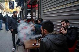 Thổ Nhĩ Kỳ cấm hút lá tại nơi công cộng do số bệnh nhân COVID-19 gia tăng