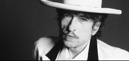 Huyền thoại âm nhạc Bob Dylan bán toàn bộ các tác phẩm cho Universal