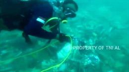 Video cận cảnh máy bay Indonesia gặp nạn tan tành dưới đáy biển
