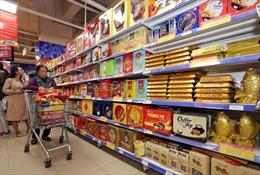 Hàng hóa Việt Nam phong phú trên các quầy hàng Tết ở siêu thị Australia