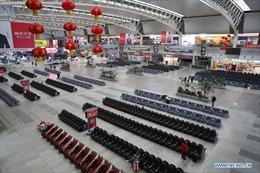 Nhà ga Trung Quốc vắng bất thường trong ngày đầu Xuân vận