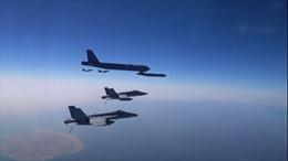 B-52 Mỹ 'phô diễn sức mạnh' sát cửa ngõ Iran sau khi Tổng thống Biden nhậm chức