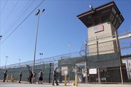Mỹ tạm dừng kế hoạch phân phối vaccine cho người bị giam giữ tại Guantanamo