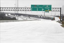 Khủng hoảng bão tuyết - hồi chuông báo động cho toàn mạng lưới điện nước Mỹ
