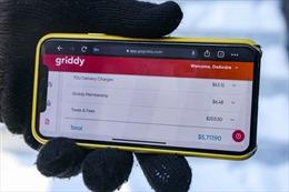 Trả tiền điện theo giá thị trường – 'gánh nặng' khi thảm họa bão tuyết xảy ra