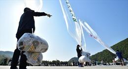Triều Tiên cảnh báo người dân về 'vật thể lạ' nghi nhiễm SARS-CoV-2 bay từ Hàn Quốc sang