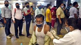 Báo động tình trạng bất bình đẳng giới trong chương trình tiêm chủng tại Ấn Độ