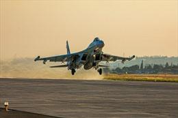 Sau vụ chạm trán Biển Đen, Hải quân Nga tập trận cách tàu sân bay Anh 30 km
