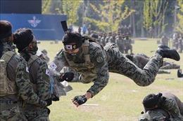 Gia hạn quy định giãn cách xã hội trong quân đội Hàn Quốc