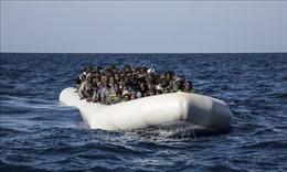 Lật tàu chở hàng trăm người ở ngoài khơi Yemen