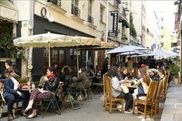 Pháp dỡ bỏ lệnh giới nghiêm sớm hơn dự kiến