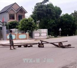 Lãnh đạo huyện Bình Sơn, Quảng Ngãi đối thoại cùng người dân về phòng ngừa TNGT