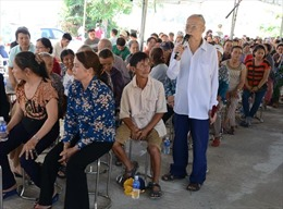 Lãnh đạo thành phố Đà Nẵng đối thoại với người dân khu vực bãi rác Khánh Sơn