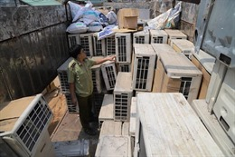 Tây Ninh: Bắt quả tang vụ vận chuyển số lượng lớn hàng điện máy không rõ nguồn gốc