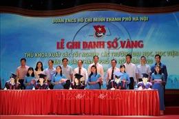 Hà Nội: Ghi danh sổ vàng 88 thủ khoa xuất sắc năm 2020