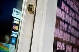 Người tiêu dùng Mỹ vay hơn 24 tỷ USD chỉ trong 1 tháng