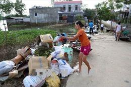Tích cực đảm bảo nước sạch, vệ sinh môi trường, quản lý chất thải sau bão lũ