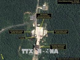 Các khối kết cấu đang được Triều Tiên dỡ khỏi bãi thử tên lửa Sohae