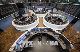 Căng thẳng thương mại chi phối thị trường chứng khoán thế giới