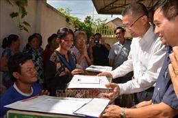 Cứu trợ đồng bào Việt kiều và người dân nghèo Campuchia chịu lũ lụt