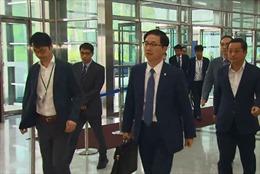 Phái đoàn Hàn Quốc tới Triều Tiên chuẩn bị cho hoạt động đoàn tụ gia đình ly tán