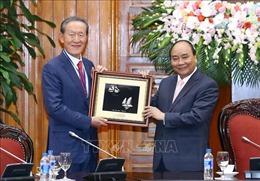 Thủ tướng Nguyễn Xuân Phúc tiếp Chủ tịch Liên đoàn Công nghiệp Hàn Quốc