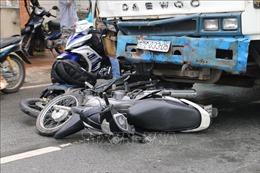 Điều trị miễn phí cho các nạn nhân tai nạn liên hoàn ở An Giang