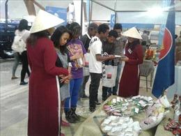 Người dân Mozambique và Madagascar quan tâm tới sản phẩm Việt Nam