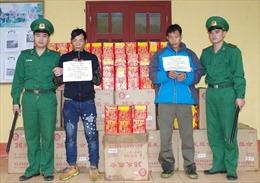 Cao Bằng: Bắt giữ đối tượng vận chuyển trái phép hơn 300 kg pháo qua biên giới