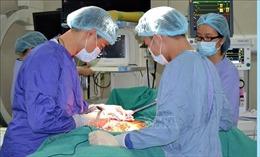 Vừa hồi phục sau chấn thương sọ não lại đen đủi bị quấn vào máy bóc gỗ