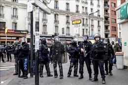Đóng cửa Tháp Eiffel và các điểm du lịch nổi tiếng, Pháp siết chặt an ninh tại thủ đô Paris