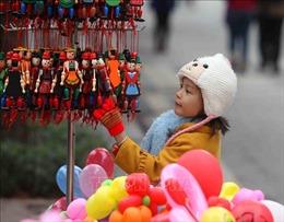 Hình ảnh ngày đầu năm mới ở phố đi bộ Hồ Gươm, Hà Nội