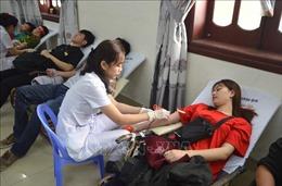 Gần 1.000 đoàn viên, thanh niên Đà Nẵng tham gia hiến máu tình nguyện 'Chủ Nhật đỏ'