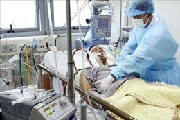 Hai bệnh nhân nguy kịch vì cúm A/H1N1, các chuyên gia khuyến cáo phòng tránh