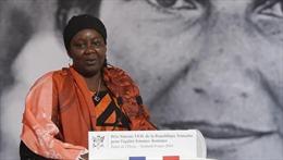 Pháp trao giải thưởng vì nữ quyền đầu tiên cho người giúp đỡ nạn nhân bị cưỡng bức tình dục