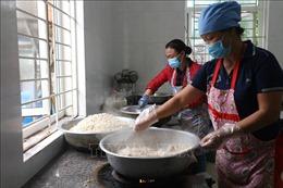 Mô hình bếp ăn bán trú kiểu mẫu cho học sinh Hà Tĩnh