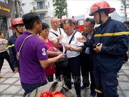 Giải cứu 5 du khách Trung Quốc trong vụ cháy khách sạntại Hạ Long