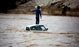 Lũ lụt tại miền Nam Iran làm 46 người thương vong