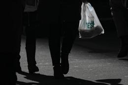New York sẽ trở thành bang thứ 2 tại Mỹ cấm túi nilon