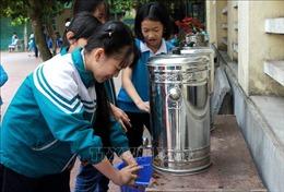 Học sinh Trường Tiểu học Vũ Thư (Thái Bình) trở lại lớp sau nỗi hoang mang cúm mùa