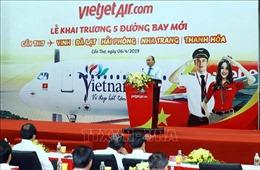 Thủ tướng Nguyễn Xuân Phúc dự Lễ khai trương 5 đường bay mới tại Cần Thơ