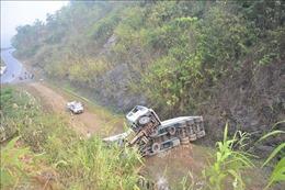 Lại xảy ra lật xe container ở 'điểm đen' dốc Nà Lơi,Điện Biên