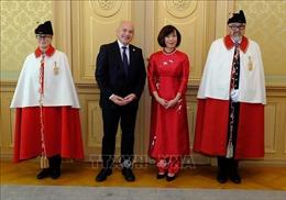 Đại sứ Lê Linh Lan trình quốc thư lên Tổng thống Liên bang Thụy Sĩ