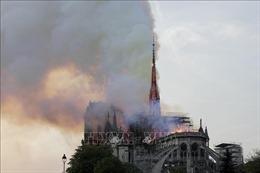 Vụ cháy Nhà thờ Đức Bà Paris: Bảo toàn được phần tường và tháp chuông chính