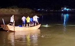 Tìm thấy thi thể hai học sinh mất tích khi tắm sông