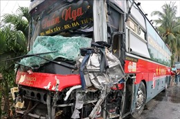 Kiên Giang: Khẩn trương điều tra vụ xe khách đâm vào nhà dân