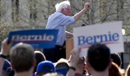 Mỹ: Ứng cử viên tổng thống Bernie Sanders công khai hồ sơ thuế10 năm